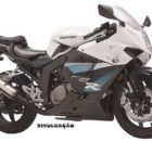 Leilão do Detran tem moto Kasinski 250 por R$900