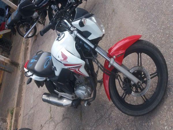 Leilão tem moto Honda CG 150 Titan EX 2015 com lance inicial de R$700