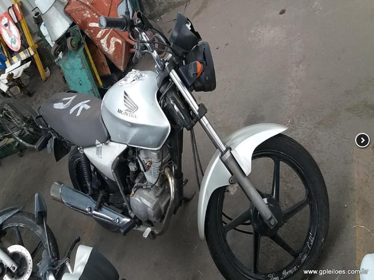 Leilão tem moto Honda CG 150 Titan KS por R$400