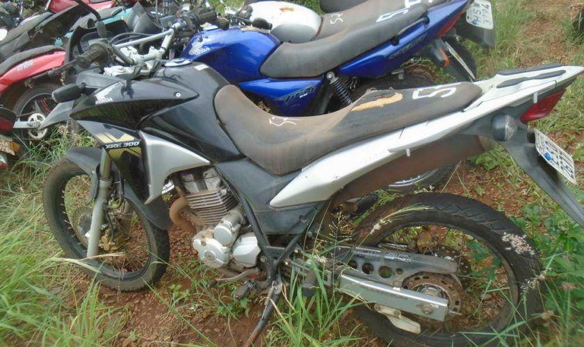 Leilão do DETRAN tem Honda XRE 300cc 17/17 a R$6,1 mil