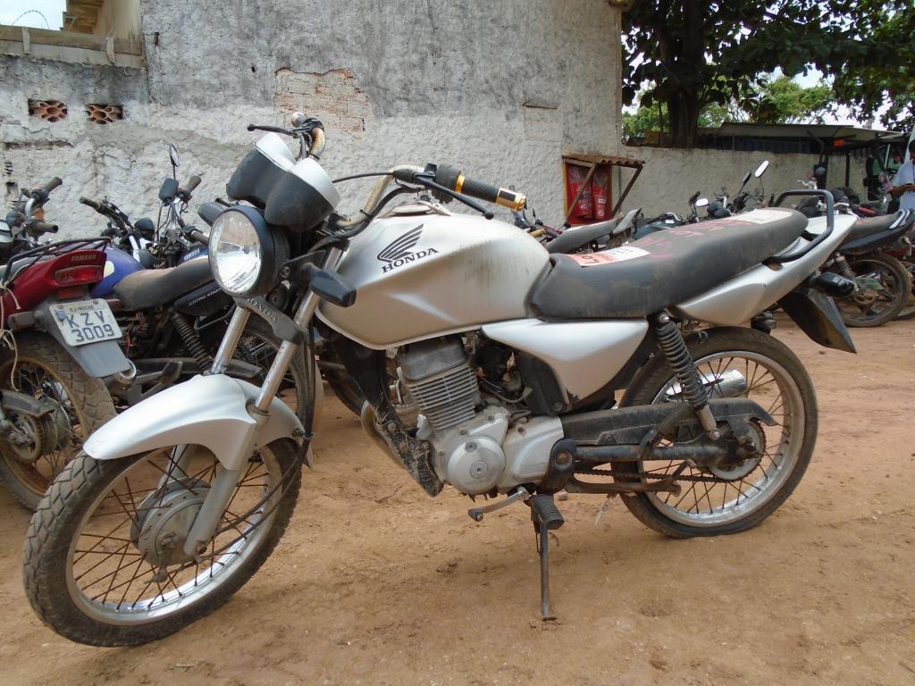 Leilão do DETRAN tem moto Honda CG 160cc a R$ 700 reais